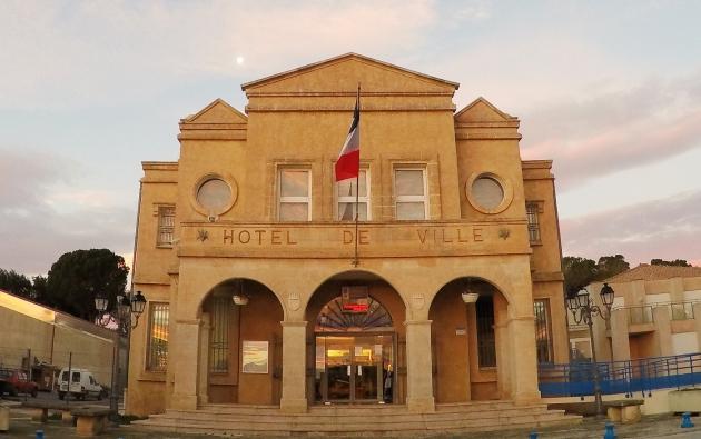 Mairie façade 20